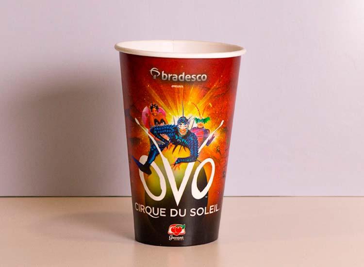 copos de papel personalizados para refrigerante, suco, bebidas e eventos como cirque du soleil
